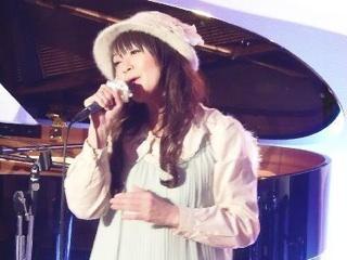 4/24のmiiya cafeはナント!スリーマン!たっぷり50分ステージだぁ!(^O^)/