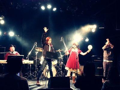 次のライブはコレだ!\(^o^)/