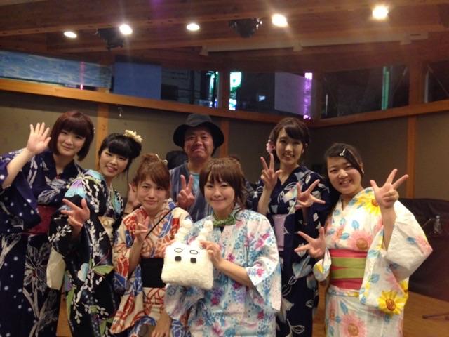 秋山璃帆さんのファンタジックな世界